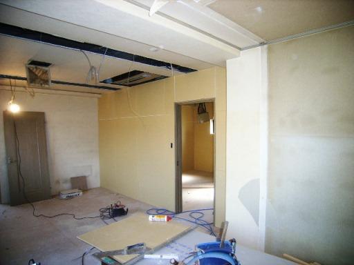 2階の(昼)壁工事.JPG